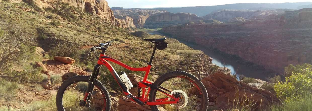 RIDE-run-the-canyons-mountainbike-rejser-cayons-mountainbike-1.w1240.h440.backdrop.jpg
