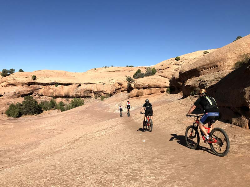 RIDE-run-the-canyons-mountainbike-rejser-moab-mountain
