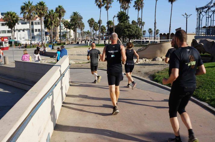 RUN-the-canyons-loeberejser-californien-venice-beach.w714.h470.backdrop.jpg